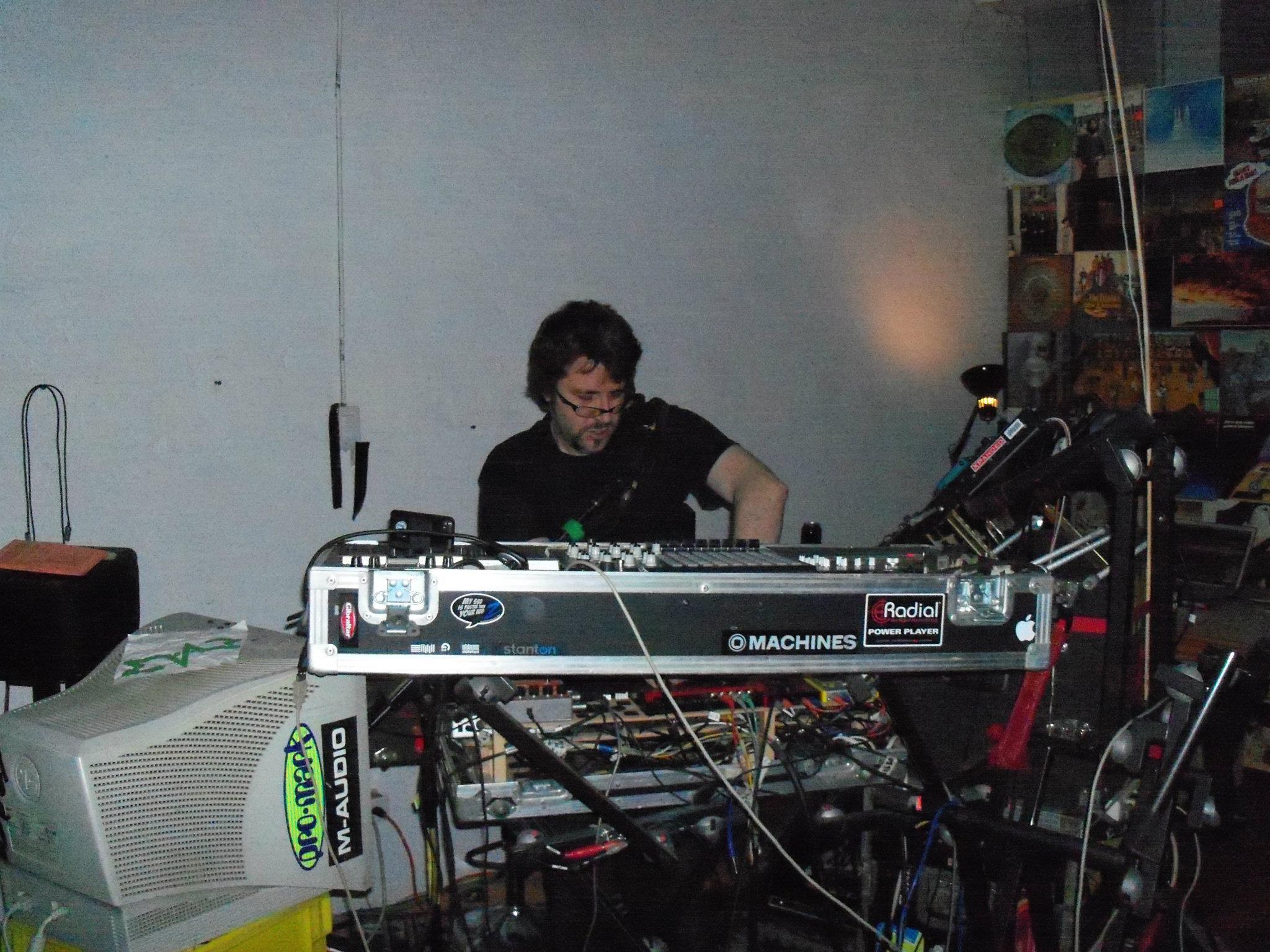 Muzik 4 Machines
